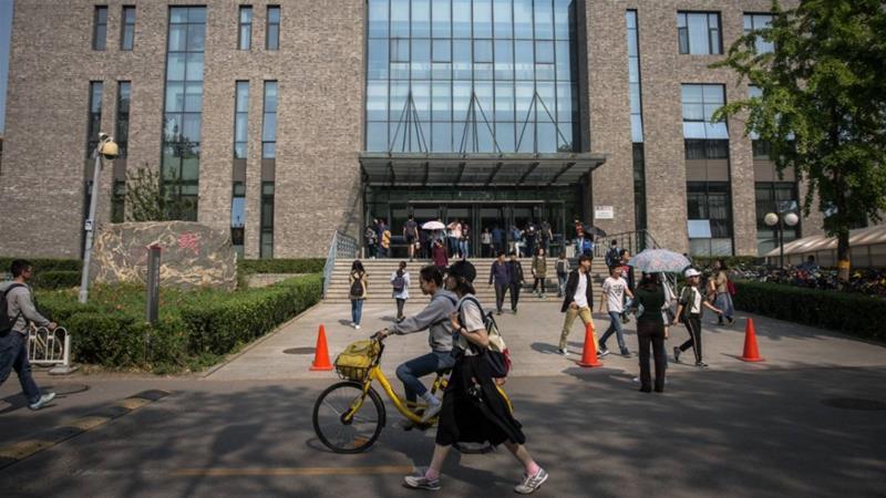 US rescinds 1,000 China student visas